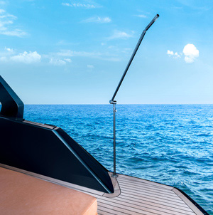 apex yachts 60 shower
